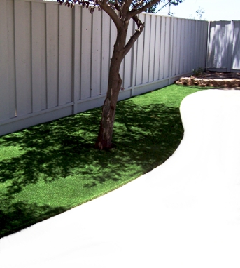 Pup-Grass Synthetic Grass